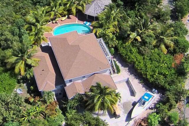 Leeward Palms Grand Home - Single Family Home