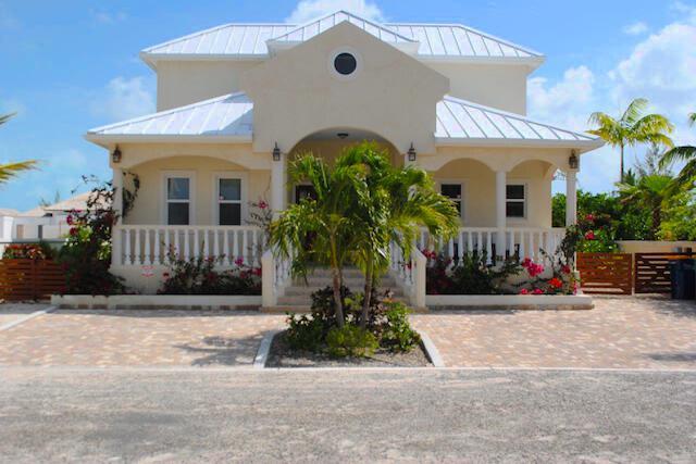 Villa Kira Isle