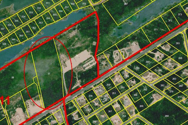 Leeward Highway Development Site